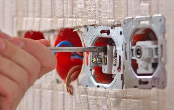 Réparation de prise électrique